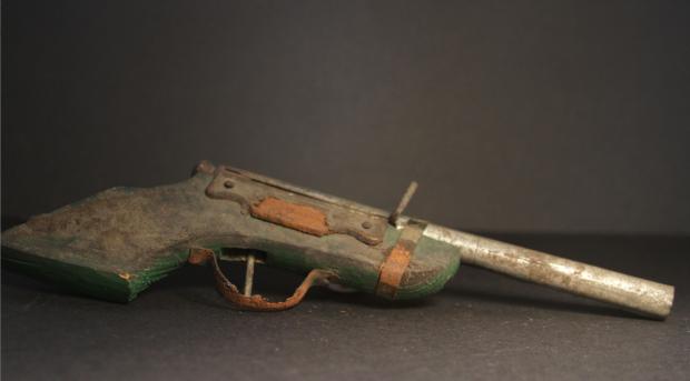 Toy Gun rust