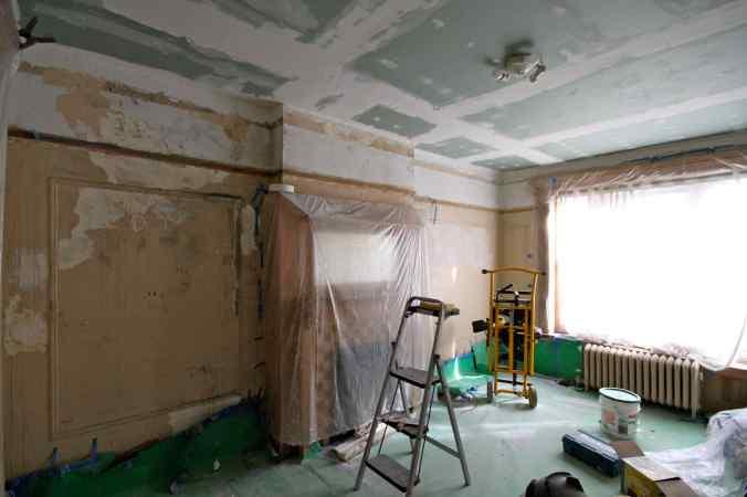 14 Bedroom Gross Walls