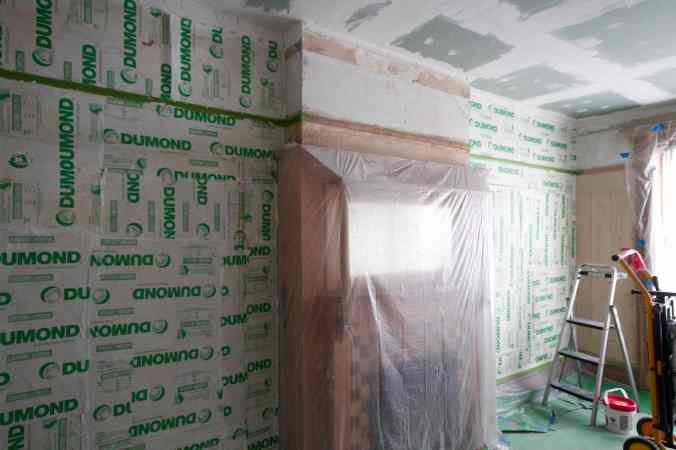 16 Bedroom Stripping paint